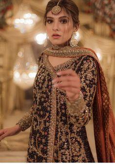 Pakistani Fashion Party Wear, Pakistani Dresses Casual, Muslim Fashion, Shadi Dresses, Glam Dresses, Velvet Dress Designs, Desi Wedding Dresses, Afghan Clothes, Indian Bridal Outfits