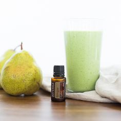 Taking green drinks to a whole new level of taste and wellness, our Ginger Pear Green Smoothie is packed full of vital nutrients, fibers. Cooking With Essential Oils, Ginger Essential Oil, Doterra Essential Oils, Yogurt, Doterra Recipes, Smoothie Recipes, Lunch Smoothie, Ginger Smoothie, Pear Smoothie