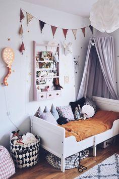 Inspiration from Instagram -Anna Samsel @anicja - pastel girls room ideas, pink and grey girls room design, kidsroom decor, girls kidsroom,