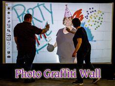 PHOTO GRAFFITI WALL