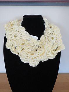 Flower Chain Cowl C$4.00