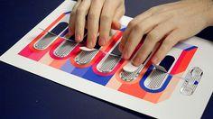 Papier machine by studio Pinaffo-Pluvinage. Un livre de jeux avec des circuits imprimés électroniques. #design #designeditorial #livre #frenchdesign