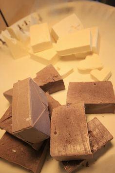 Pyhä Sylvi: Pala saippuaa Homemade Cosmetics, Soap Making, Candy, Chocolate, Diy, Food, Ideas, Sweet, Toffee