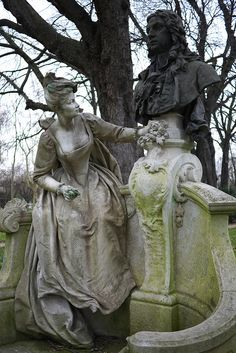 Monument to Jean-Antoine Watteau. By Henri Désiré Gauquié. Jardin du Luxembourg, Paris