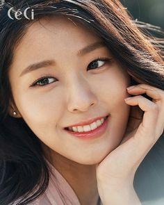 AOA - Kim Seolhyunari