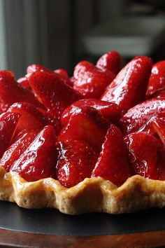 """Fresh Strawberry Tart 