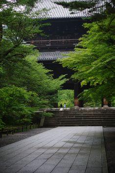 https://flic.kr/p/8mcufw | morning walk in Zen world #1 | at 7:00 am. Nanzenji,kyoto