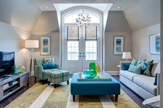 Photos of living rooms and family rooms designed by Jane Lockhart Interior Design. Small Living Room Layout, Living Room Furniture Layout, Living Room Green, My Living Room, Living Room Designs, Living Room Decor, Furniture Decor, Family Room Design, Family Rooms