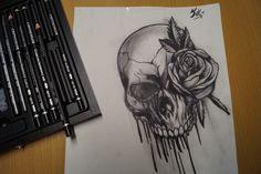 Kohlestift zeichnung made by Wunderdings-Kathi Gmeis// idee Unbekannt At Least, Skull, Artist, Beautiful, Art Sketches, Crafts, Drawing S, Artists