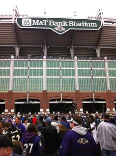 Stadium maps baltimore ravens m bank stadium 1101 for Restaurants m t bank stadium