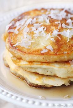 This Coconut Pancakes Recipe is about to become your new breakfast fave. Breakfast And Brunch, Breakfast Dishes, Best Breakfast, Breakfast Recipes, Pancake Recipes, Breakfast Ideas, Coconut Pancakes, Coconut Recipes, Snacks