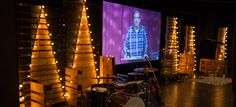 Jeremy Huddleston fromSaddleback Church Huntington BeachinOrange County, CA brings us this great use of negative space in pallets. As a portable campus,theyneeded something that brought the Ch...