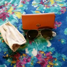 Tory Burch BNWT POLARIZED sunglasses FIRM Brand new Tory Burch polarized sunglasses never worn with case and satin protective case...Style TY6031 Brown and Gold Gradient Polarized sun glasses!❤ Perfect for summertime fun in the sun....Last REDUCTION BEFORE I DELETE LISTING Last Pair Tory Burch Accessories Glasses