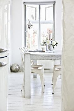 Dining/white/tolix chairs/scandinavian