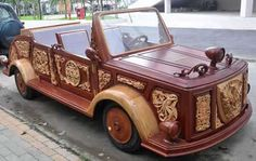 The Le Nguyen Khang 'Achilles' car. More Woodworking Projects on www.woodworkerz.com