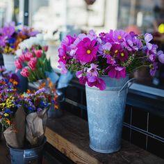 Cheers to a bright Friday  #tgif #freshflowers #sanfrancisco