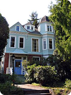 Blue Victorian house with turret by eg2006, via Flickr