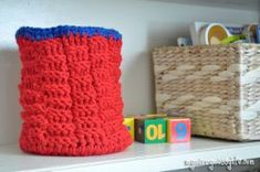 Keep the toy room neat and organized with this Crocheted Toy Basket. The seed stitch is used to complete this free crochet pattern, making this bag strong and sturdy enough for all of those building blocks. This would also be an excellent holiday gif Crochet Hook Set, All Free Crochet, Learn To Crochet, Crochet Toys, Crochet Baskets, Crochet Things, Irish Crochet, Knit Crochet, Crochet Designs