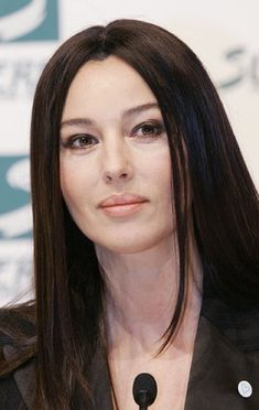 Pin di roberto de luca su diva italiana - Porno diva italiana ...