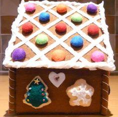 Felt handmade gingerbread house 2