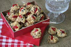 Biskut Red Pearl / Red Pearl Cookies ~ Resepi Terbaik Cokies Recipes, Cookies, Pearls, Vegetables, Breakfast, Red, Image, Board, Crack Crackers