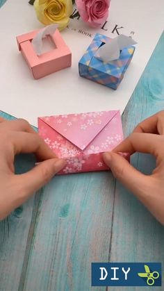 Cool Paper Crafts, Paper Crafts Origami, Diy Paper, Fun Crafts, Creative Crafts, Diy Crafts Hacks, Diy Crafts For Gifts, Diy Home Crafts, Pinterest Diy Crafts