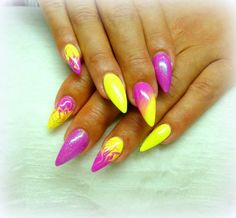 Elegant Gel Nail Art Designs for 2019 – style you 7 – nageldesign. Neon Nail Polish, Neon Nails, Nail Polishes, Gel Nail Art Designs, Fall Nail Designs, Cute Nails, Pretty Nails, Art Vert, Gel Nagel Design