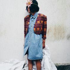 Boho blazer&denim dress Blazer €25,00 / dress €22,00 #bohochic #bohostyle #bohoblazer #blazer #denimdress #dress #vintage #ootd #vintagestyle #vintageshop #clothesforwomems #girls #fashionvintage