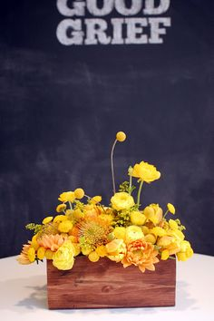 I would love this arrangement if it were done with a combonation of different colors (not just yellow).