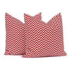 Red Pillow Covers Red Decorative Pillow Covers Red Cushion Covers... (9.29 CAD) ❤ liked on Polyvore featuring home, home decor, throw pillows, decorative pillows, home & living, home décor, red, red home decor, holiday home decor and red toss pillows