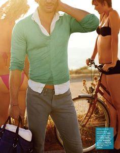 Joe Manganiello of True Blood in GQ's Summer Vacation Style Guide Joe Manganiello, Bikini T Shirt, Summer Vacation Style, Designer Inspired Handbags, Designer Handbags, Nautica Jeans, Foto Fun, Trendy Fashion, Mens Fashion