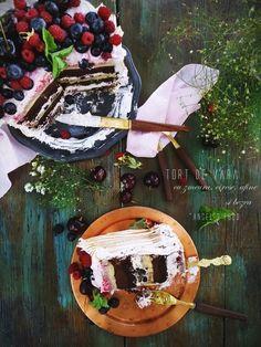 Angel's food: Tort de vara cu zmeura, cirese, afine si bezea Salad Recipes, Food And Drink, Cakes, Pies, Kuchen, Cake Makers, Cake, Pastries, Cookies