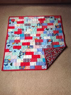 Ruth has made another of her famous quilts using up leftover pieces of binding. And what a gorgeous backing fabric! Children In Need, Quilt Making, Baby Quilts, Quilting, Crafty, Blanket, Projects, Fabric, Log Projects