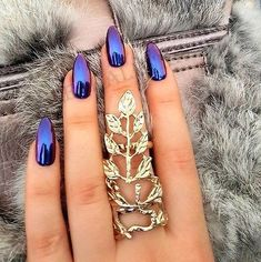 Electric Violet - Cool-Girl Chrome Nail Inspo - Photos