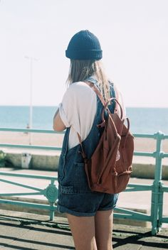 kanken shared by Gawee on We Heart It Pale Tumblr, Teenager Fashion Trends, Fjallraven, Bon Look, Love Fashion, Womens Fashion, Net Fashion, Female Fashion, Style Fashion