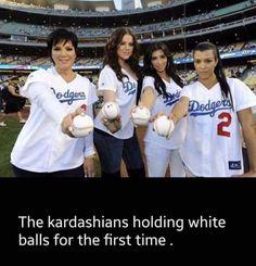 The Kardashians Like Baseball http://ift.tt/2hmMO80