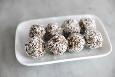 Nyttiga Morotsbollar! | Laila Fika, Energy Bites, Lchf, Detox, Smoothies, Cereal, Vegan Recipes, Goodies, Low Carb