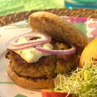 Crab-Cake Burgers. 163 calories per serving