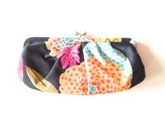 Vintage Enzo Angiolini clutch bag detachable strap purse satin effect floral bold lined internal pockets snap clasp