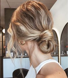 Low Bun Hairstyles - Best Bun Hairstyles For Women: Cute, Trendy, and Easy Buns - Best Short, Medium, Long Hair Buns Valentine's Day Hairstyles, Simple Wedding Hairstyles, Short Hair Updo, Wedding Hairstyles For Long Hair, Wedding Hair And Makeup, Updo Hairstyle, Bun Hairstyles With Braids, Hairstyle Ideas, Wedding Hairstyles For Short Hair