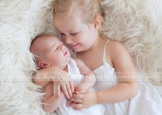 © Heidi Hope Photography #photographer #photography #newborn #sister #sibling
