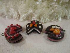 Cakes - Kuku Bat #polymerclay #handmade #diy #kawaii #charms #sprinkles #cute #adorable #fruit