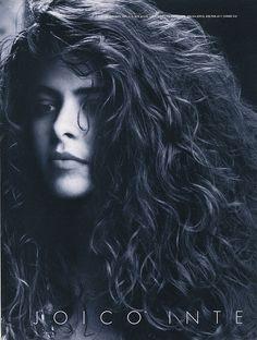 Tarina Tarantino as a young model. i love love love her hair.