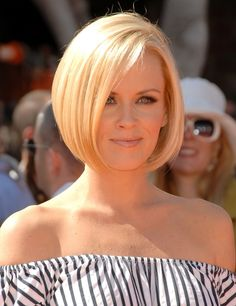 Cute Short Hairstyles: 60 Style Icons Sport The Bob From The 1920s To Today (PHOTOS)