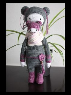 BINA the bear / KIRA the kangaroo mod by Tite Edelweiss / based on a crochet pattern by lalylala