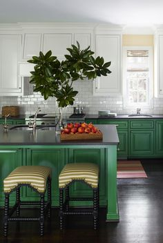 Then this post is for you! Green kitchen cabinets are trending right now! Enjoy the inspiration of these Gorgeous Green Kitchen Cabinets.An all-white kitchen i Green Kitchen Cabinets, Upper Cabinets, Painting Kitchen Cabinets, Kitchen Colors, New Kitchen, Kitchen Interior, Kitchen Dining, Kitchen Decor, Kitchen Ideas