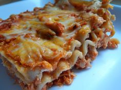 You searched for Buffalo chicken lasagna - Drizzle Me Skinny!Drizzle Me Skinny! Skinny Recipes, Ww Recipes, Chicken Recipes, Cooking Recipes, Healthy Recipes, Pasta Recipes, Dinner Recipes, Skinny Meals, Quick Recipes