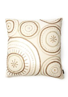 PURVA DESIGNS Circle Elegante Pillow