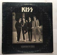 KISS DRESSED TO KILL VINYL 1975 CASABLANCA RECORDS FREE SHIPPING LP NBLP 7016