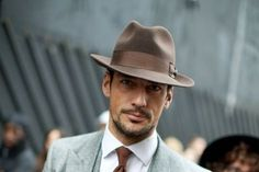 Guide to Wearing Men's Hats With Suits